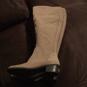 Vince Camuto Shoes - Awesome Suede boot